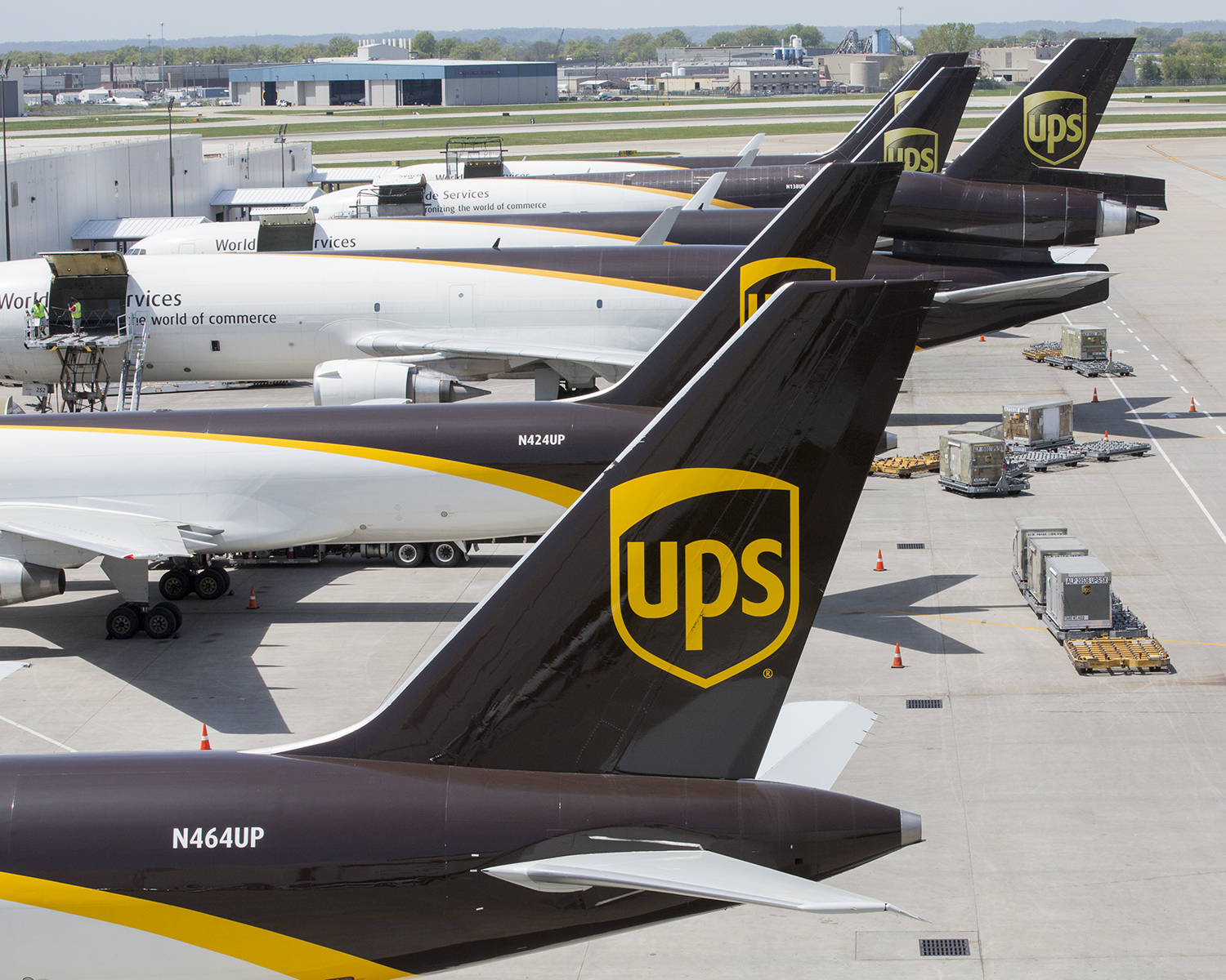 Pilot Fuel Prices >> UPS Returns to SBD International Airport to Support Strong